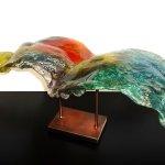 Modern Art Glass & Design - abstracte bijzondere glaskunst met reservoir in metalen koperkleurige voet