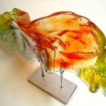Glaskunst - modern glas - unieke 'Vleugel' - achterzijde in reliëfglas - Rubaniuk - BxHxD 52x38x15 cm € 549,-