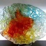 Kunst - unieke glazen schaal in zwaar reliëf en prachtige natuurlijke kleuren - LxBxD 52x39x12 cm € 359,-