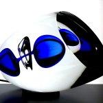 Exclusieve glaskunst Ozzaro - eivormig, deels geslepen object 'Verbondenheid' HxBxD 17x30x17 cm € 359,-