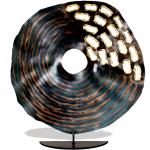 Moderne kunst - beeld metaal met openingen en kleurnuances - Artisan House - HxBxD 61x56x13 cm € 549,-