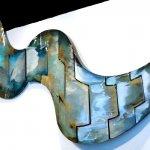 Kunstobject voor de wand, abstracte grote vogel in vlucht, de uitgespreide vleugels staan voor 'Vrijheid' BxHxD 292x102x9 cm € 3798,-