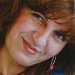 Glaskunstenares Efrosini ..., het gezicht achter Eratini ...