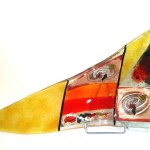 Unieke abstracte driehoekige schaal in Grieks glasdesign - Eratini glaskunst - LxBxD 65x30x8 cm € 189,-