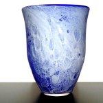 Exclusieve zware glazen vaas - Cor Schellen - glaskunst Leerdam - unieke glastechniek - H 25 cm € 397,- nu € 297,-