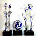 Mondgeblazen glas - kunstobjecten 'Planet Earth and the Trees of Life' - bomen H 40 cm per stuk € 199,-